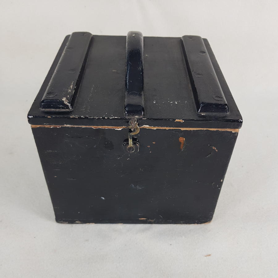 Vintage Travelling Box For A Scientific Instrument